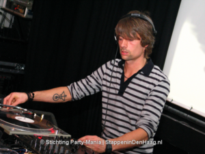 023_070113_king_of_parties@paardsilly